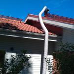 Alipaineistus talon katolta poistoputkesta